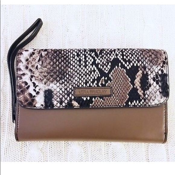 18b18f613f4b Vera Brady Brown Lizard Ultimate wristlet wallet.